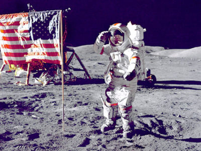 imagenes del hombre en la luna bandera