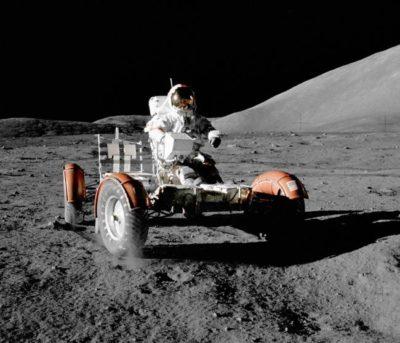 imagenes del hombre en la luna vehiculo