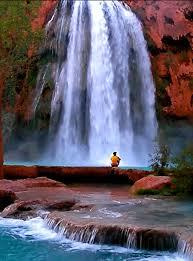 Imagenes de cascadas con brillo y movimiento gratis