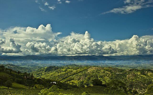 montañas del paisaje cafetero